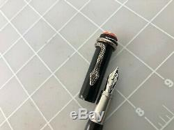 Judd's Montblanc Heritage Rouge et Noir Black Fountain Pen with14kt. Gold B Nib