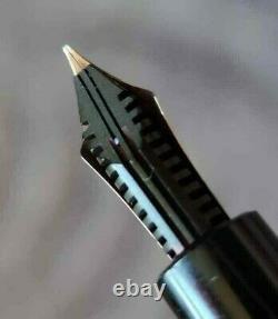 MONTBLANC 264 FOUNTAIN PEN 14 Carat Gold FLEX Nib 585 F
