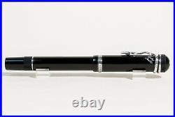 MONTBLANC Writers Edition Agatha Christie Fountain Pen 1993 SILVER Clip M Nib