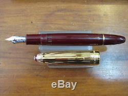 Montblanc Solitaire 146 Fountain Pen Vermeil & Burgundy Perfect With Box