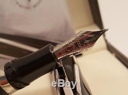 VISCONTI DIVINA Oversize Fountain Pen with 23K Pd 950 Paladium M NIB + Cufflinks