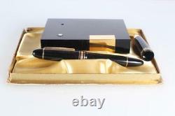 Vintage MontBlanc Meisterstuck 149 Fountain Pen 18C Tri-Color Nib Desk Stand Box